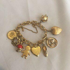 Monet Vintage Goldtone Chunky Charm Bracelet
